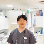歯科医師 村岡信乃介